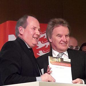 Übergabe der WIN-Charta Urkunde an die Volksbank Ulm-Biberach